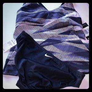 NWT. Nike 2 piece swimsuit 🩱